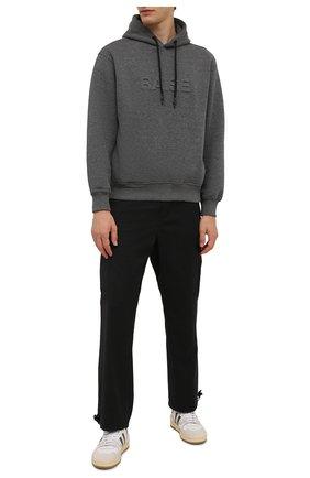 Мужской хлопковое худи ASPESI серого цвета, арт. W1 A AY19 L676 | Фото 2 (Материал внешний: Хлопок, Синтетический материал; Длина (для топов): Стандартные; Рукава: Длинные; Мужское Кросс-КТ: Худи-одежда; Стили: Спорт-шик; Принт: Без принта)
