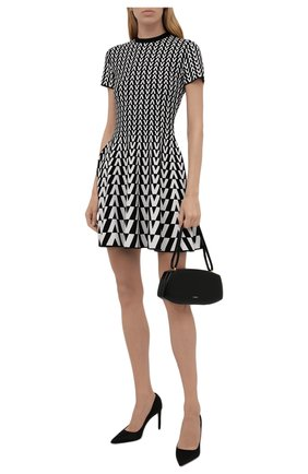 Женское платье из вискозы VALENTINO черно-белого цвета, арт. WB0KDB056RP   Фото 2 (Рукава: Короткие; Длина Ж (юбки, платья, шорты): Мини; Материал внешний: Вискоза; Стили: Гламурный; Случай: Повседневный; Кросс-КТ: Трикотаж; Женское Кросс-КТ: Платье-одежда)