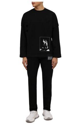 Мужской хлопковый свитшот TEE LIBRARY черного цвета, арт. TFK-LT-15 | Фото 2 (Рукава: Длинные; Материал внешний: Хлопок; Длина (для топов): Стандартные; Мужское Кросс-КТ: свитшот-одежда; Принт: С принтом; Стили: Гранж)