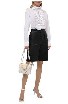 Женская хлопковая блузка VALENTINO белого цвета, арт. WB0AE6G05A6 | Фото 2 (Материал внешний: Хлопок; Длина (для топов): Стандартные; Рукава: Длинные; Женское Кросс-КТ: Блуза-одежда; Принт: Без принта; Стили: Бохо)
