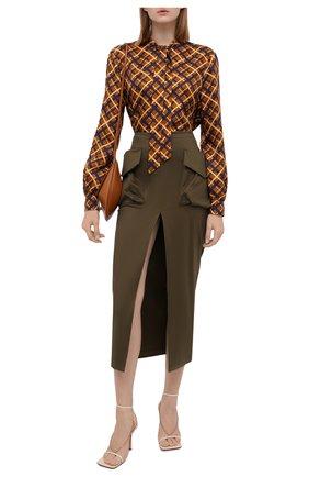 Женская шелковая блузка SAINT LAURENT коричневого цвета, арт. 660892/Y5D61 | Фото 2 (Рукава: Длинные; Длина (для топов): Стандартные; Материал внешний: Шелк; Женское Кросс-КТ: Блуза-одежда; Принт: С принтом, Клетка)