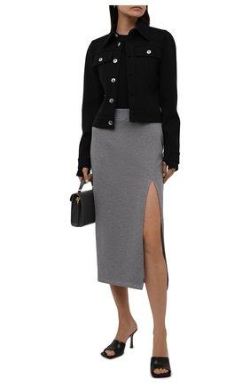 Женская хлопковая юбка REDVALENTINO серого цвета, арт. WR0MD01W/68H   Фото 2 (Материал внешний: Хлопок; Длина Ж (юбки, платья, шорты): Миди; Женское Кросс-КТ: Юбка-одежда; Стили: Кэжуэл)