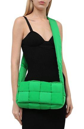 Мужская текстильная сумка padded tech cassette BOTTEGA VENETA зеленого цвета, арт. 628951/VB081 | Фото 2 (Материал: Текстиль; Ремень/цепочка: На ремешке)