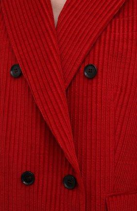Женский хлопковый жакет KITON красного цвета, арт. D52501W74040 | Фото 5 (Рукава: Длинные; Длина (для топов): Удлиненные; Материал внешний: Хлопок; Случай: Формальный; 1-2-бортные: Двубортные; Материал подклада: Шелк; Стили: Кэжуэл)