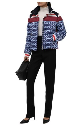 Женский пуховая куртка VALENTINO синего цвета, арт. WB3CN0156LL   Фото 2 (Материал подклада: Синтетический материал; Длина (верхняя одежда): Короткие; Материал внешний: Синтетический материал; Рукава: Длинные; Материал утеплителя: Пух и перо; Стили: Спорт-шик; Кросс-КТ: Пуховик)