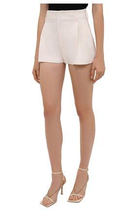 Женские шерстяные шорты VALENTINO белого цвета, арт. WB0RF1T06LR   Фото 3 (Материал внешний: Шерсть; Длина Ж (юбки, платья, шорты): Мини; Стили: Кэжуэл)