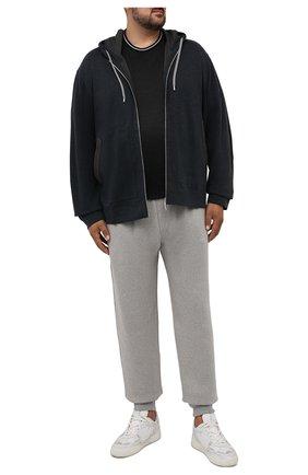 Мужская хлопковая футболка CORTIGIANI черного цвета, арт. 216602/0000/60-70 | Фото 2 (Материал внешний: Хлопок; Длина (для топов): Удлиненные; Рукава: Короткие; Стили: Кэжуэл; Принт: Без принта)