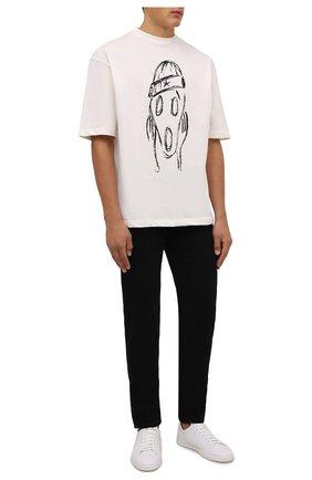 Мужская хлопковая футболка COMME DES FUCKDOWN кремвого цвета, арт. CDFU1254   Фото 2 (Длина (для топов): Стандартные; Рукава: Короткие; Материал внешний: Хлопок; Принт: С принтом; Стили: Гранж)