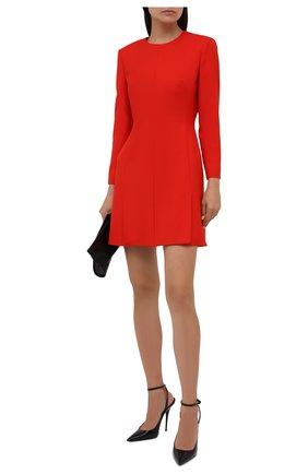 Женское шерстяное платье ALEXANDER MCQUEEN красного цвета, арт. 671853/QJACA | Фото 2 (Длина Ж (юбки, платья, шорты): Мини; Рукава: Длинные; Материал внешний: Шерсть; Материал подклада: Синтетический материал; Стили: Гламурный; Случай: Формальный; Женское Кросс-КТ: платье-футляр)