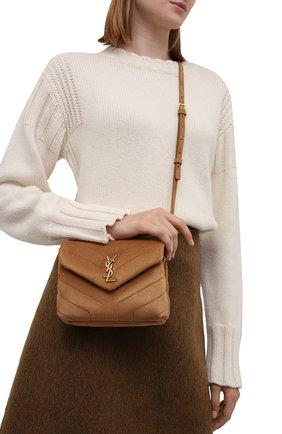 Женская сумка loulou toy SAINT LAURENT коричневого цвета, арт. 678401/1U837 | Фото 2 (Размер: mini; Материал: Натуральная кожа, Натуральная замша; Ремень/цепочка: На ремешке; Сумки-технические: Сумки через плечо)