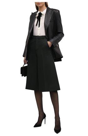 Женские шерстяные шорты-бермуды SAINT LAURENT темно-зеленого цвета, арт. 667906/Y3D35 | Фото 2 (Материал подклада: Шелк; Материал внешний: Шерсть; Длина Ж (юбки, платья, шорты): Миди; Стили: Гламурный; Женское Кросс-КТ: Шорты-одежда; Кросс-КТ: Широкие)