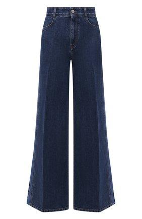 Женские джинсы STELLA MCCARTNEY темно-синего цвета, арт. 603982/S0H51 | Фото 1 (Материал внешний: Хлопок; Длина (брюки, джинсы): Стандартные; Стили: Гламурный; Кросс-КТ: Деним; Силуэт Ж (брюки и джинсы): Расклешенные)