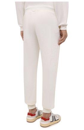 Мужские хлопковые джоггеры TEE LIBRARY кремвого цвета, арт. TFK-JP-44 | Фото 4 (Мужское Кросс-КТ: Брюки-трикотаж; Длина (брюки, джинсы): Стандартные; Кросс-КТ: Спорт; Материал внешний: Хлопок; Стили: Спорт-шик; Силуэт М (брюки): Джоггеры)