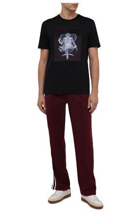 Мужские брюки DOMREBEL бордового цвета, арт. MPLEATED/TRACK PANTS | Фото 2 (Длина (брюки, джинсы): Стандартные; Материал внешний: Синтетический материал; Случай: Повседневный; Стили: Спорт-шик)