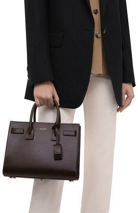 Женская сумка sac de jour baby SAINT LAURENT темно-коричневого цвета, арт. 421863/02G9W | Фото 2 (Материал: Натуральная кожа; Размер: small; Сумки-технические: Сумки top-handle; Ремень/цепочка: На ремешке)