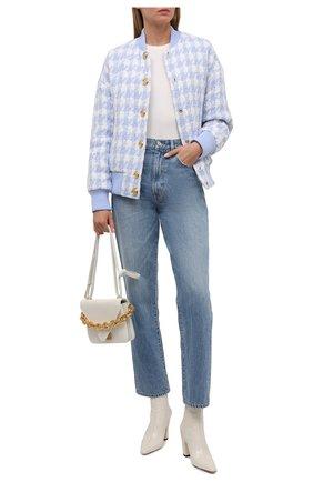 Женский хлопковый бомбер BALMAIN светло-голубого цвета, арт. WF1TF006/C304   Фото 2 (Длина (верхняя одежда): Короткие; Рукава: Длинные; Материал подклада: Вискоза; Материал внешний: Хлопок; Стили: Спорт-шик; Кросс-КТ: Куртка, бомбер)