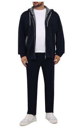 Мужские брюки из хлопка и кашемира CORTIGIANI темно-синего цвета, арт. 214601/0000/60-70 | Фото 2 (Материал внешний: Хлопок; Кросс-КТ: Спорт; Стили: Спорт-шик; Big sizes: Big Sizes; Мужское Кросс-КТ: Брюки-трикотаж; Длина (брюки, джинсы): Стандартные)