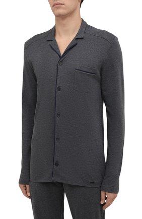 Мужская хлопковая пижама HANRO темно-серого цвета, арт. 075587 | Фото 2 (Длина (для топов): Стандартные; Длина (брюки, джинсы): Стандартные; Материал внешний: Хлопок; Рукава: Длинные; Кросс-КТ: домашняя одежда)