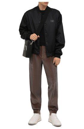Мужские хлопковые брюки GIORGIO ARMANI коричневого цвета, арт. 0WGPP0D7/T02SV | Фото 2 (Материал внешний: Хлопок; Материал подклада: Синтетический материал; Случай: Повседневный; Стили: Кэжуэл; Длина (брюки, джинсы): Стандартные)