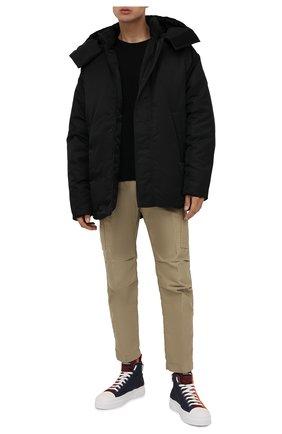 Мужская двусторонняя куртка lyodites 2 moncler 1952 MONCLER GENIUS черного цвета, арт. G2-092-1A000-10-595CM | Фото 2 (Рукава: Длинные; Длина (верхняя одежда): До середины бедра; Материал подклада: Синтетический материал; Материал внешний: Синтетический материал; Материал утеплителя: Пух и перо; Кросс-КТ: Куртка; Мужское Кросс-КТ: пуховик-короткий; Стили: Гранж)