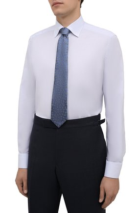 Мужская хлопковая сорочка ETON голубого цвета, арт. 1000 02560   Фото 4 (Манжеты: На пуговицах; Воротник: Кент; Рукава: Длинные; Рубашки М: Regular Fit; Длина (для топов): Стандартные; Материал внешний: Хлопок; Стили: Классический; Случай: Формальный; Принт: Однотонные)