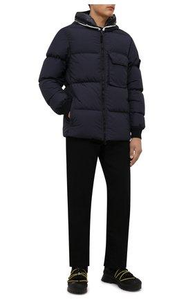 Мужская пуховая куртка STONE ISLAND темно-синего цвета, арт. 751543432 | Фото 2 (Материал подклада: Синтетический материал; Длина (верхняя одежда): Короткие; Рукава: Длинные; Материал внешний: Синтетический материал; Материал утеплителя: Пух и перо; Кросс-КТ: Куртка; Мужское Кросс-КТ: пуховик-короткий; Стили: Кэжуэл)