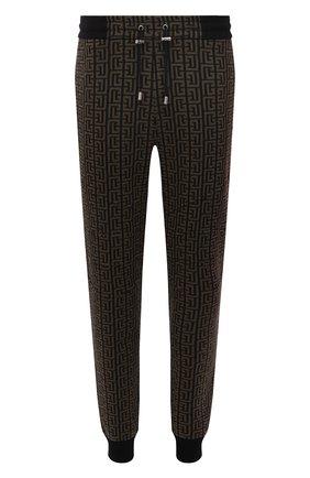 Мужские джоггеры BALMAIN хаки цвета, арт. WH00B067/J314   Фото 1 (Длина (брюки, джинсы): Стандартные; Материал внешний: Хлопок, Синтетический материал; Силуэт М (брюки): Джоггеры; Мужское Кросс-КТ: Брюки-трикотаж; Стили: Кэжуэл)