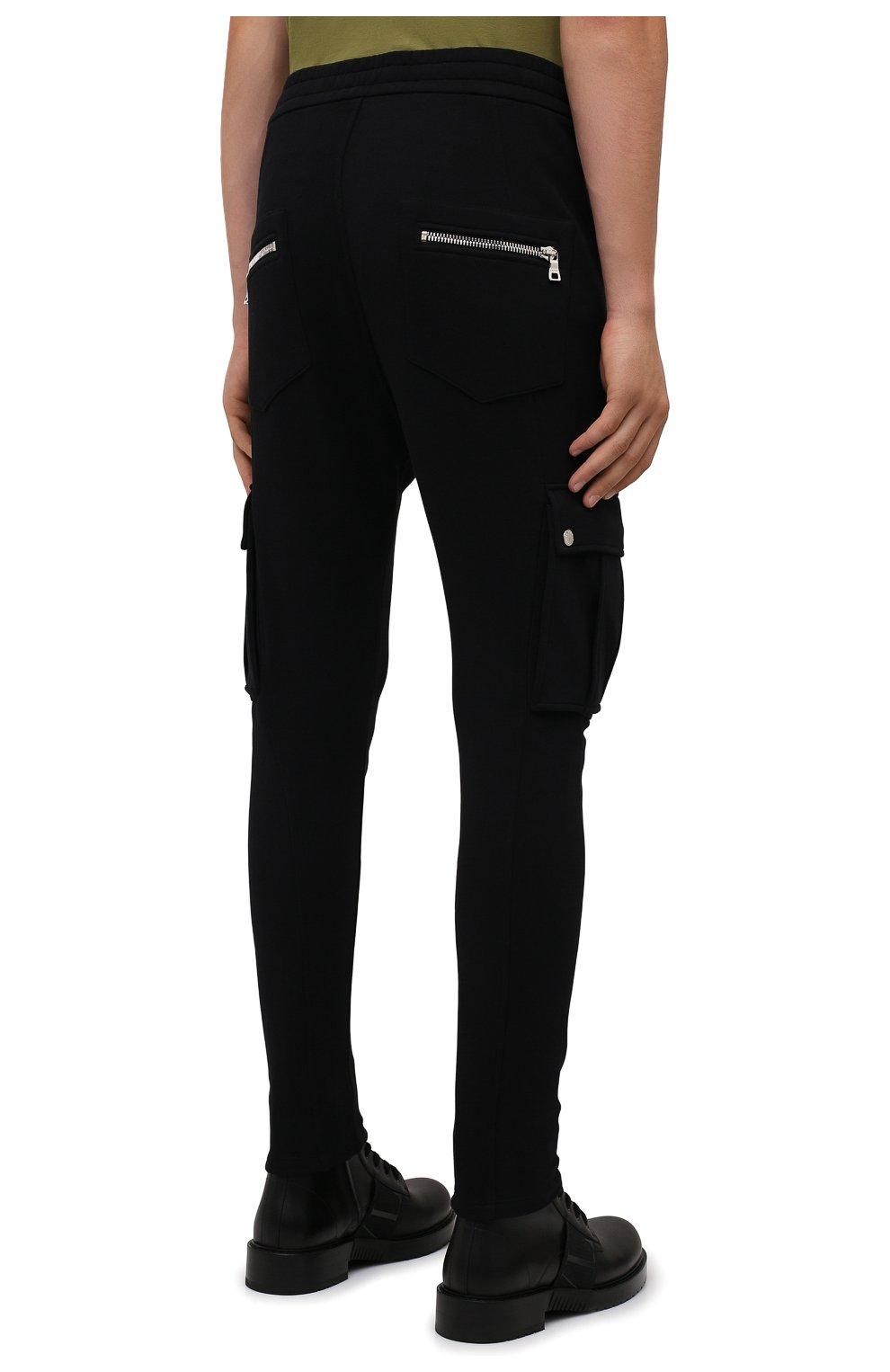 Мужские хлопковые джоггеры BALMAIN черного цвета, арт. WH10B080/B137 | Фото 4 (Силуэт М (брюки): Карго, Джоггеры; Мужское Кросс-КТ: Брюки-трикотаж; Длина (брюки, джинсы): Стандартные; Материал внешний: Хлопок; Стили: Кэжуэл)