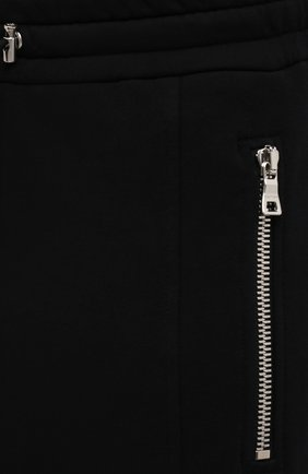 Мужские хлопковые джоггеры BALMAIN черного цвета, арт. WH10B080/B137 | Фото 5 (Силуэт М (брюки): Карго, Джоггеры; Мужское Кросс-КТ: Брюки-трикотаж; Длина (брюки, джинсы): Стандартные; Материал внешний: Хлопок; Стили: Кэжуэл)