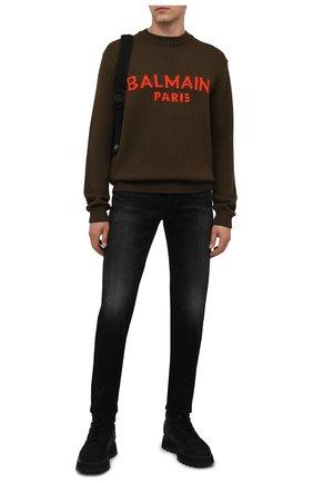 Мужские джинсы BALMAIN черного цвета, арт. WH1MH000/146D   Фото 2 (Материал внешний: Хлопок; Длина (брюки, джинсы): Стандартные; Кросс-КТ: Деним; Силуэт М (брюки): Узкие; Детали: Потертости; Стили: Гранж)