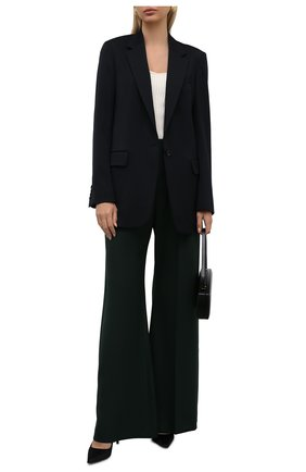 Женские шерстяные брюки CHLOÉ темно-зеленого цвета, арт. CHC21APA16066   Фото 2 (Материал внешний: Шерсть; Женское Кросс-КТ: Брюки-одежда; Случай: Формальный; Силуэт Ж (брюки и джинсы): Расклешенные; Стили: Классический; Длина (брюки, джинсы): Удлиненные)