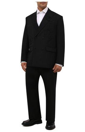 Мужская хлопковая сорочка BRIONI белого цвета, арт. RCL40W/P708I | Фото 2 (Материал внешний: Хлопок; Рукава: Длинные; Длина (для топов): Стандартные; Случай: Формальный; Принт: Однотонные; Стили: Классический; Рубашки М: Classic Fit; Манжеты: На пуговицах; Воротник: Акула; Big sizes: Big Sizes)