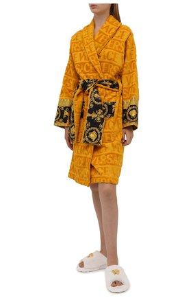Женский хлопковый халат VERSACE оранжевого цвета, арт. ZACJ00008/ZC0SP052   Фото 2 (Материал внешний: Хлопок; Рукава: Длинные; Длина Ж (юбки, платья, шорты): До колена)