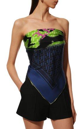 Женский шелковый платок VERSACE темно-синего цвета, арт. 1001600/1A01907   Фото 2 (Материал: Текстиль, Шелк)