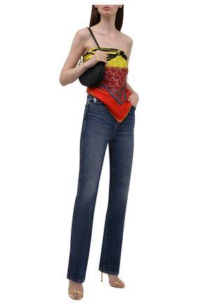 Женский шелковый платок VERSACE оранжевого цвета, арт. 1001600/1A01907   Фото 2 (Материал: Шелк, Текстиль)