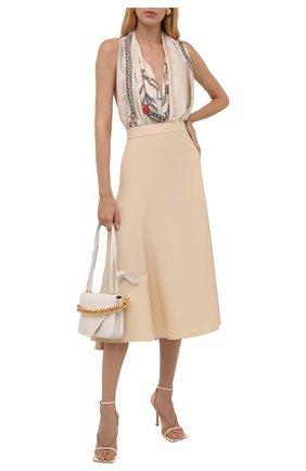Женский шелковый платок ALEXANDER MCQUEEN кремвого цвета, арт. 677018/3011Q | Фото 2 (Материал: Текстиль, Шелк)