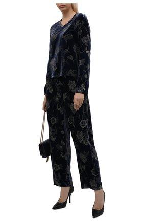 Женские джинсы GIORGIO ARMANI темно-синего цвета, арт. 1WHPP0KT/T02XH | Фото 2 (Материал внешний: Вискоза; Длина (брюки, джинсы): Стандартные; Стили: Кэжуэл; Кросс-КТ: Деним; Силуэт Ж (брюки и джинсы): Прямые)