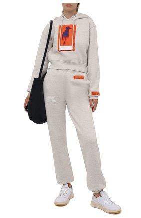 Женский хлопковое худи HERON PRESTON серого цвета, арт. HWBB021F21JER0010822 | Фото 2 (Длина (для топов): Стандартные; Рукава: Длинные; Материал внешний: Хлопок; Стили: Спорт-шик; Женское Кросс-КТ: Худи-одежда, Худи-спорт)