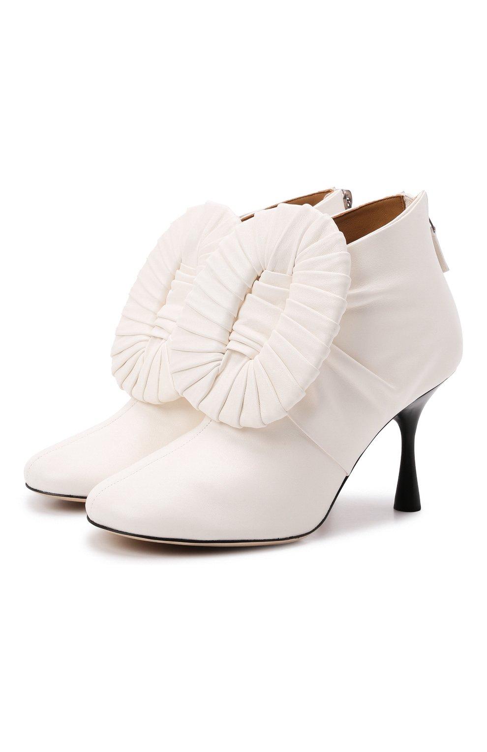 Женские кожаные ботильоны LOEWE кремвого цвета, арт. L814286X10 | Фото 1 (Каблук высота: Высокий; Материал внутренний: Натуральная кожа; Каблук тип: Шпилька; Подошва: Плоская)