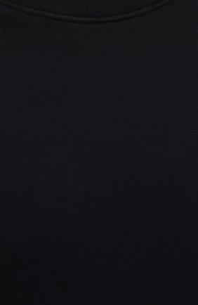 Мужской хлопковый свитшот STONE ISLAND темно-синего цвета, арт. 751563020   Фото 5 (Рукава: Длинные; Принт: Без принта; Длина (для топов): Стандартные; Мужское Кросс-КТ: свитшот-одежда; Материал внешний: Хлопок; Стили: Кэжуэл)