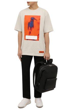 Мужская хлопковая футболка HERON PRESTON серого цвета, арт. HMAA026F21JER0050822 | Фото 2 (Материал внешний: Хлопок; Принт: С принтом; Длина (для топов): Удлиненные; Рукава: Короткие)