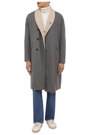 Мужской пальто из кашемира и шерсти GIORGIO ARMANI серого цвета, арт. 1WG0L07R/T02S0 | Фото 2 (Длина (верхняя одежда): До колена; Материал подклада: Синтетический материал; Рукава: Длинные; Материал внешний: Кашемир, Шерсть; Мужское Кросс-КТ: пальто-верхняя одежда; Стили: Кэжуэл)