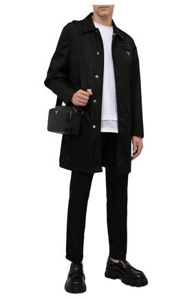 Мужской плащ PRADA черного цвета, арт. SGB008-1WQ8-F0002-191 | Фото 2 (Материал внешний: Синтетический материал; Стили: Минимализм; Длина (верхняя одежда): До середины бедра; Мужское Кросс-КТ: Плащ-верхняя одежда)