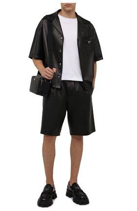 Мужские кожаные шорты PRADA черного цвета, арт. UPP224-1WDV-F0002 | Фото 2 (Мужское Кросс-КТ: Шорты-одежда; Принт: Без принта; Стили: Минимализм)
