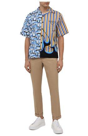 Мужская хлопковая рубашка PRADA разноцветного цвета, арт. UCS406-1Z23-F0013-212 | Фото 2 (Материал внешний: Хлопок; Случай: Повседневный; Принт: С принтом; Рукава: Короткие; Воротник: Отложной)