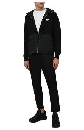 Мужские шерстяные брюки PRADA черного цвета, арт. UMP67-1JF4-F0002-202 | Фото 2 (Материал внешний: Шерсть; Случай: Повседневный; Стили: Минимализм)