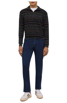 Мужские джинсы KITON синего цвета, арт. UPNJSJ0341A   Фото 2 (Материал внешний: Хлопок; Кросс-КТ: Деним; Силуэт М (брюки): Прямые; Стили: Кэжуэл; Длина (брюки, джинсы): Стандартные)