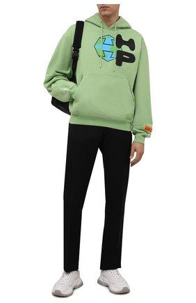 Мужской хлопковое худи HERON PRESTON светло-зеленого цвета, арт. HMBB017F21JER0035510 | Фото 2 (Рукава: Длинные; Материал внешний: Хлопок; Длина (для топов): Стандартные; Мужское Кросс-КТ: Худи-одежда; Принт: С принтом; Стили: Спорт-шик)