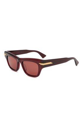Женские солнцезащитные очки BOTTEGA VENETA бордового цвета, арт. 669573/V2330   Фото 1 (Материал: Пластик; Тип очков: С/з; Очки форма: Cat-eye; Оптика Гендер: оптика-женское)