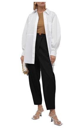 Женская хлопковая рубашка LOEWE белого цвета, арт. S540Y06X38 | Фото 2 (Рукава: Длинные; Длина (для топов): Удлиненные; Материал внешний: Хлопок; Женское Кросс-КТ: Рубашка-одежда; Принт: Без принта; Стили: Кэжуэл)